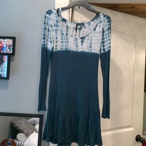 Dresses & Skirts - Size small green tie dye  boutique dress